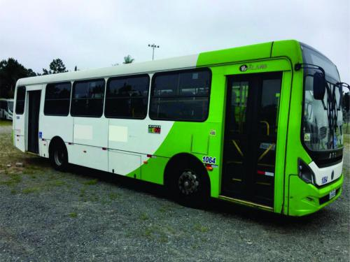 Volksbus 17.230 ano 13  lateral